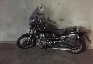 moto-inutilisee-garage